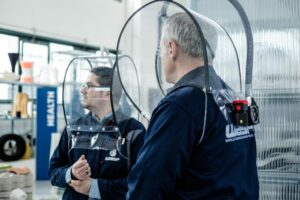 MON CASQUE SPATIAL : Casque ventilé anti-goutte avec filtre intégré