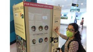 Le premier distributeur automatique sans contact en Inde qui fournit des masques gratuits à l'aéroport de Bengaluru