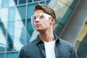 Il est temps d'abandonner le masque facial et de commencer à imaginer un avenir avec des écrans faciaux transparents et élégants.